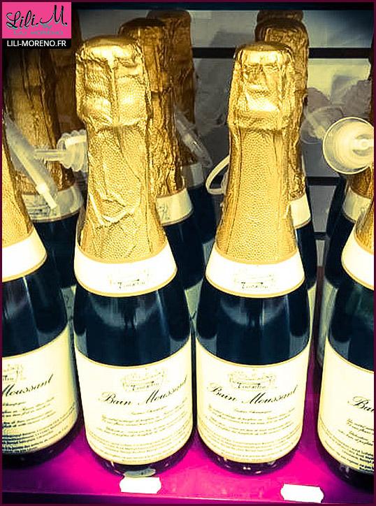 Du champagne en bain moussant